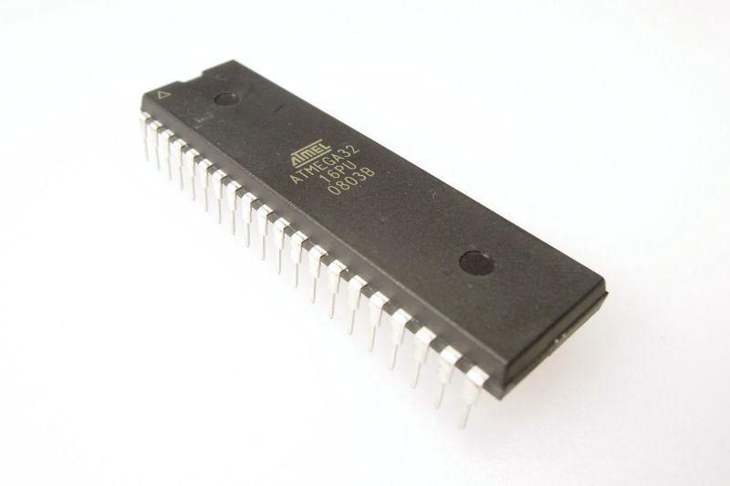 Programmed Controller for Platino Transistortester